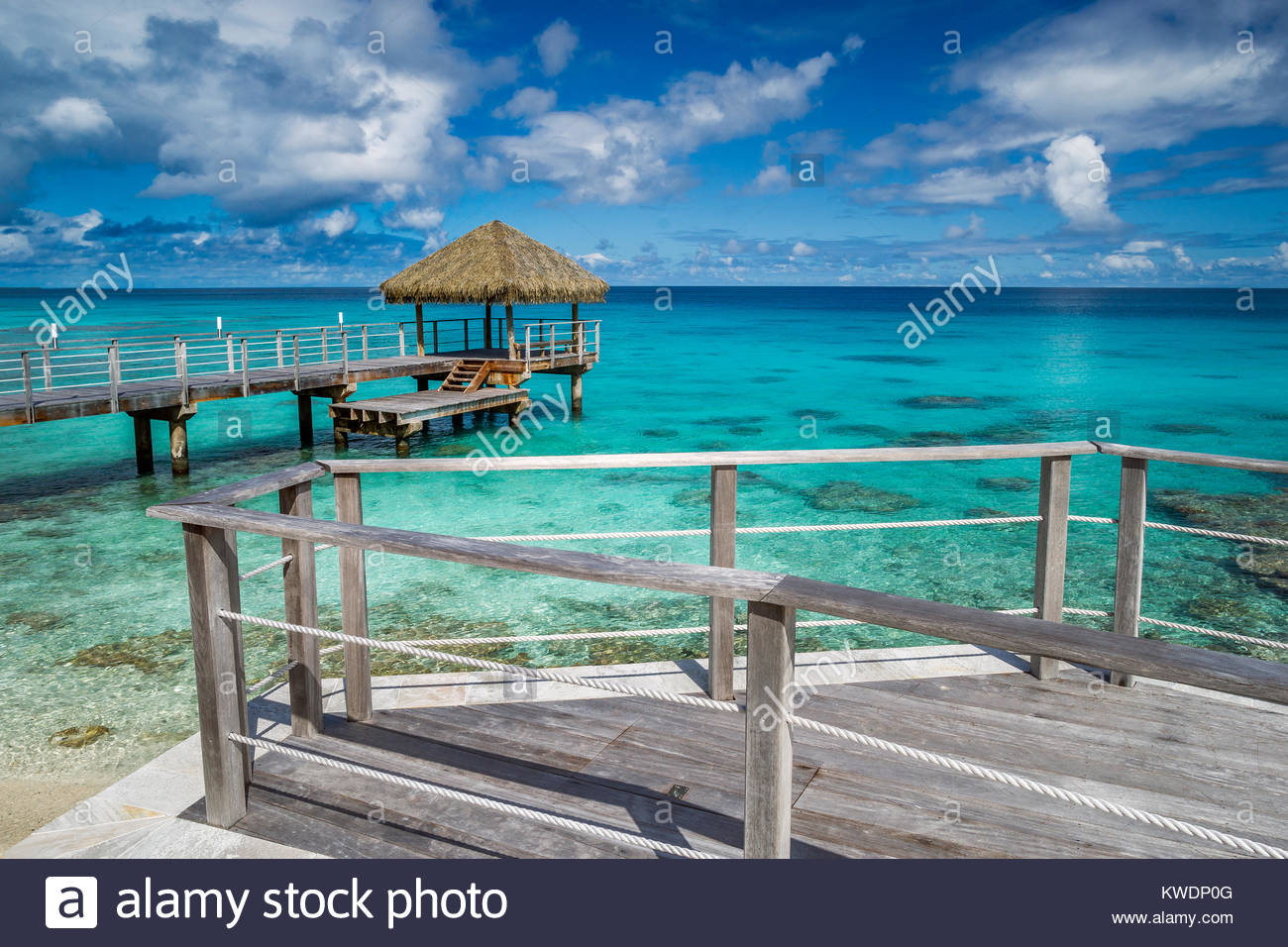 Rangiroa : Maitai hotel - jetty (pier) the lagoon (French Polynesia) Stock Photo