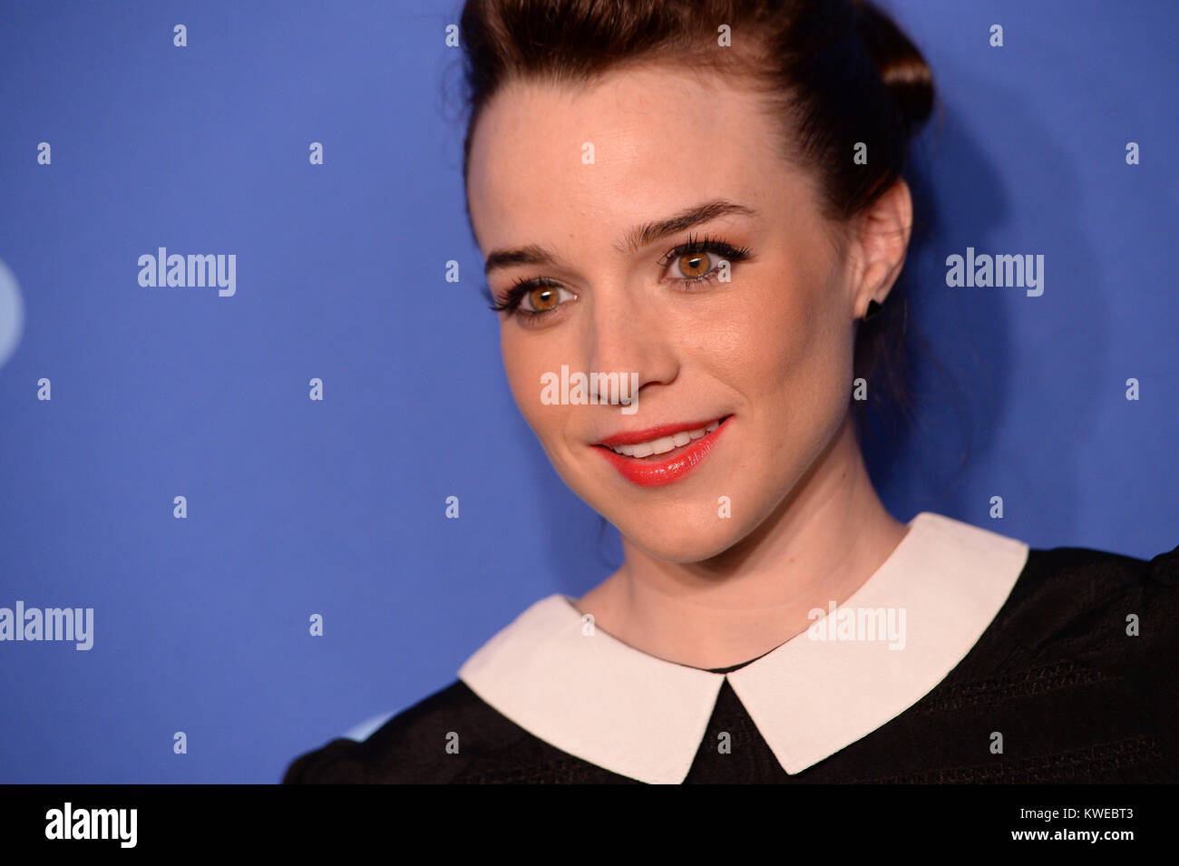 Peeing mouth renee felice smith hips