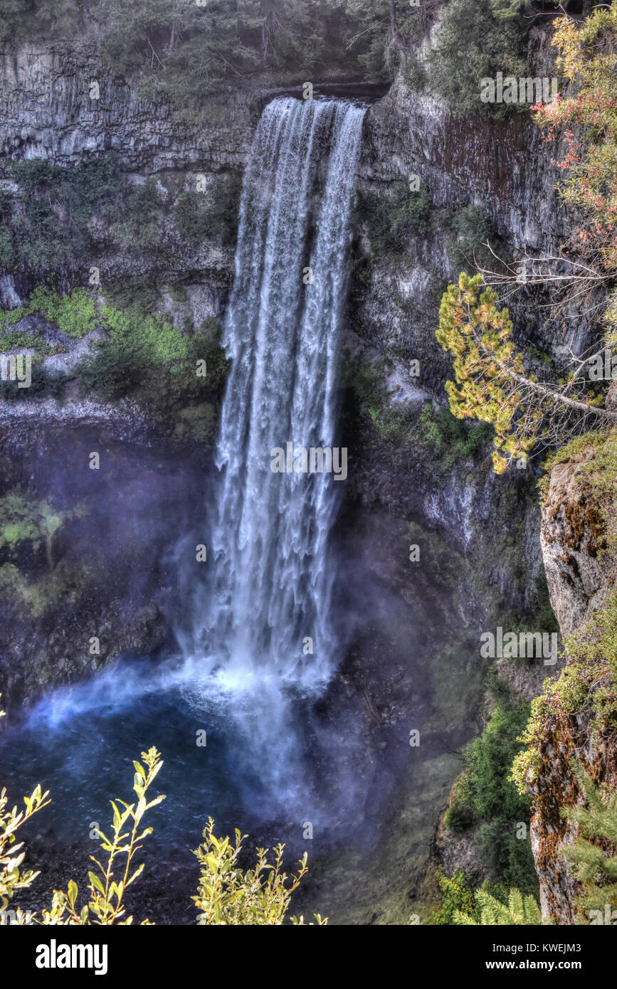 Hike to Brandywine Falls Waterfall in Whistler British Columbia along the Sea to Sky Highway Provincial Park - mountain - Stock Image