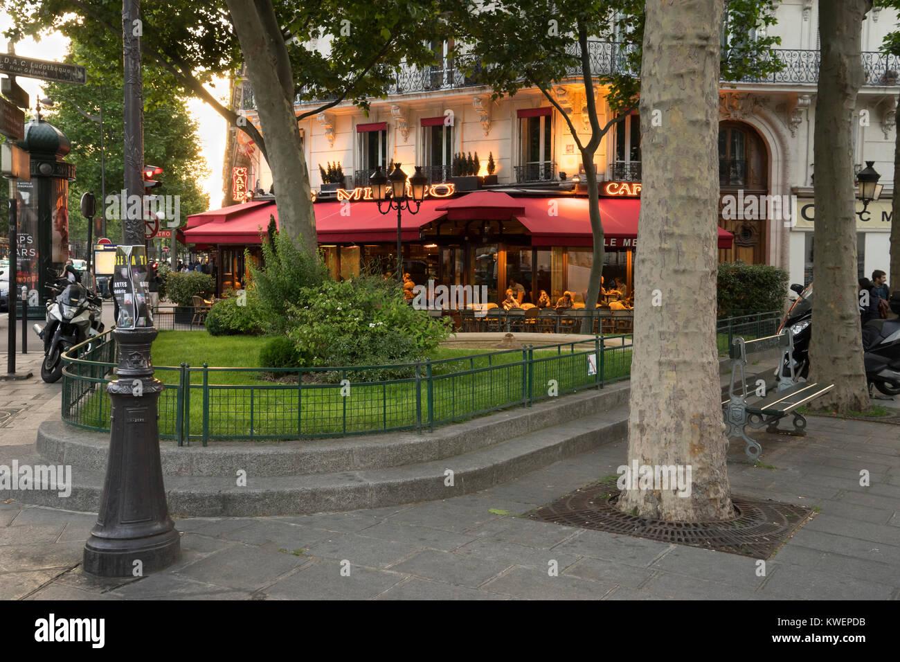 France, Paris, Cafe/restaurant in 5th arrondissement - Stock Image