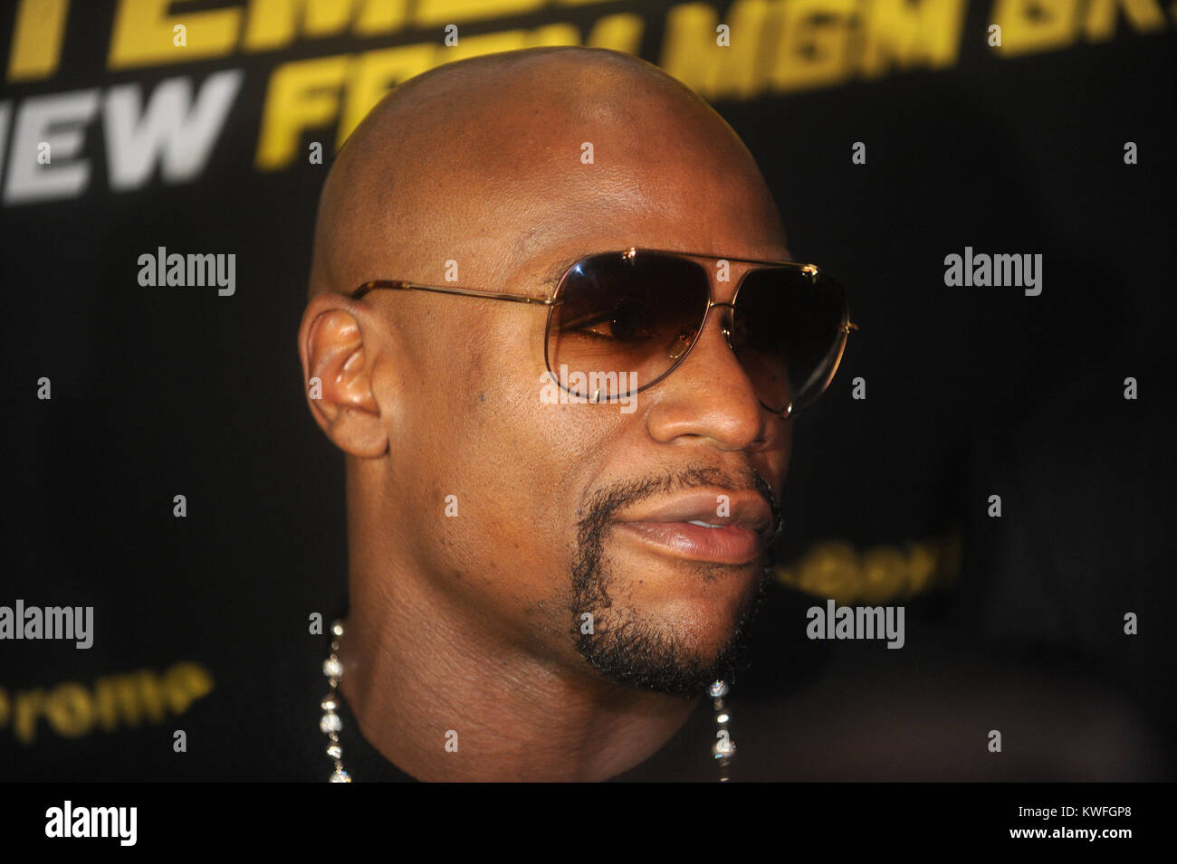 Floyd Mayweather Jr V Marcos Maidana Press Tour Stock Photos & Floyd ...