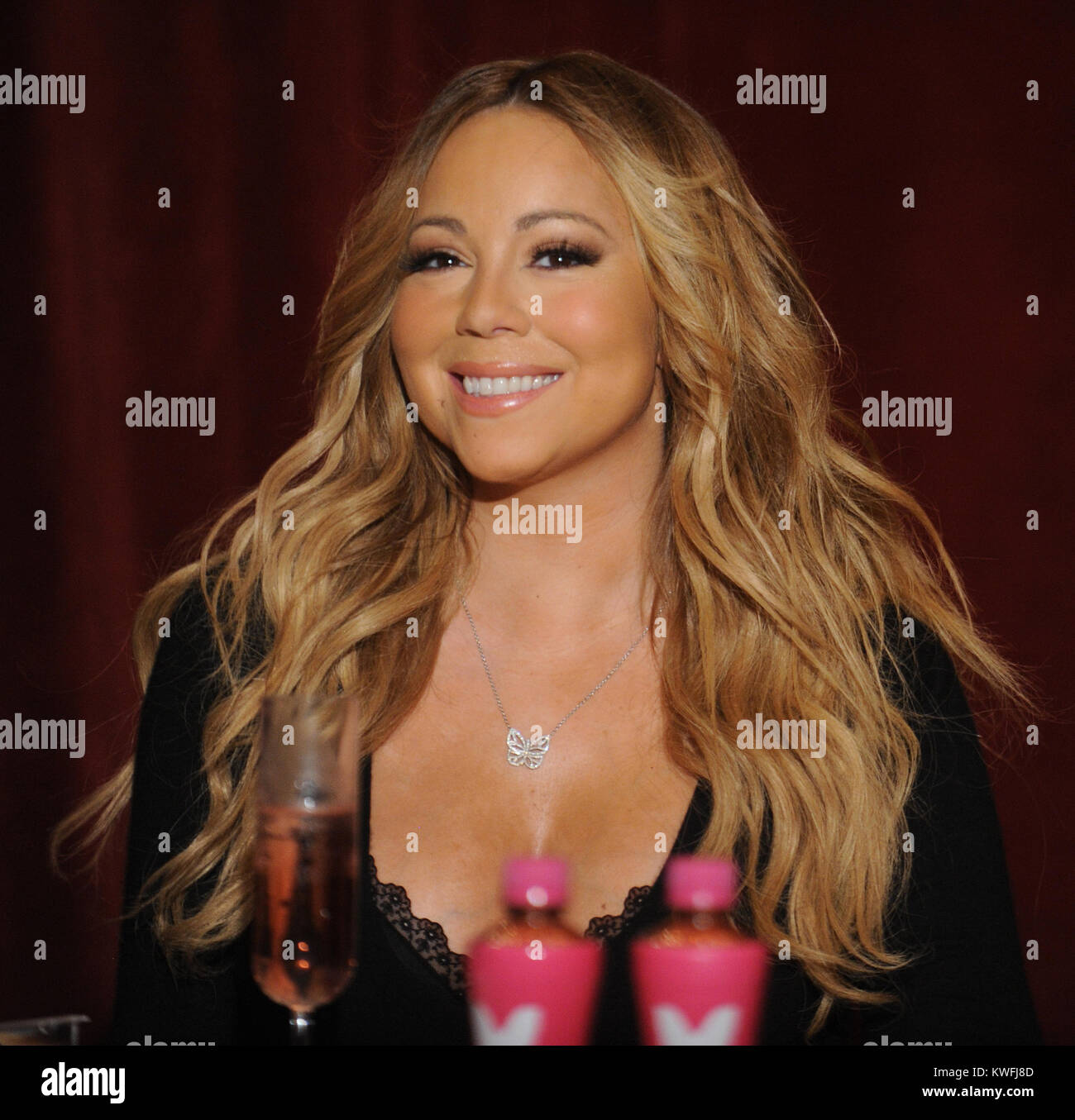 Singer Mariah Carey Stock Photos & Singer Mariah Carey Stock Images ...