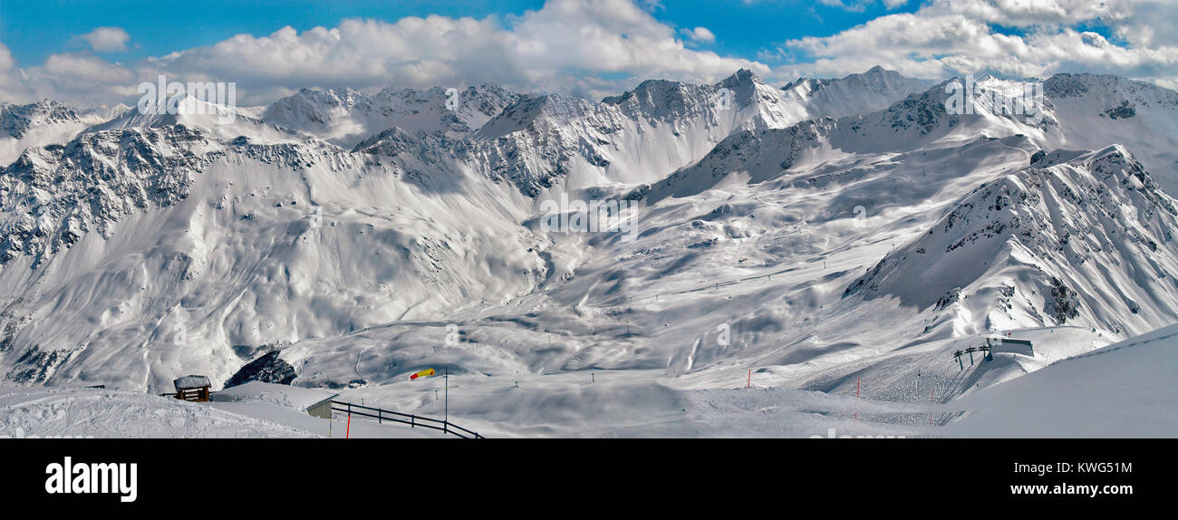 Winter Mountain panorama seen from Weisshorn Peak, Arosa, Grisons, Switzerland Stock Photo