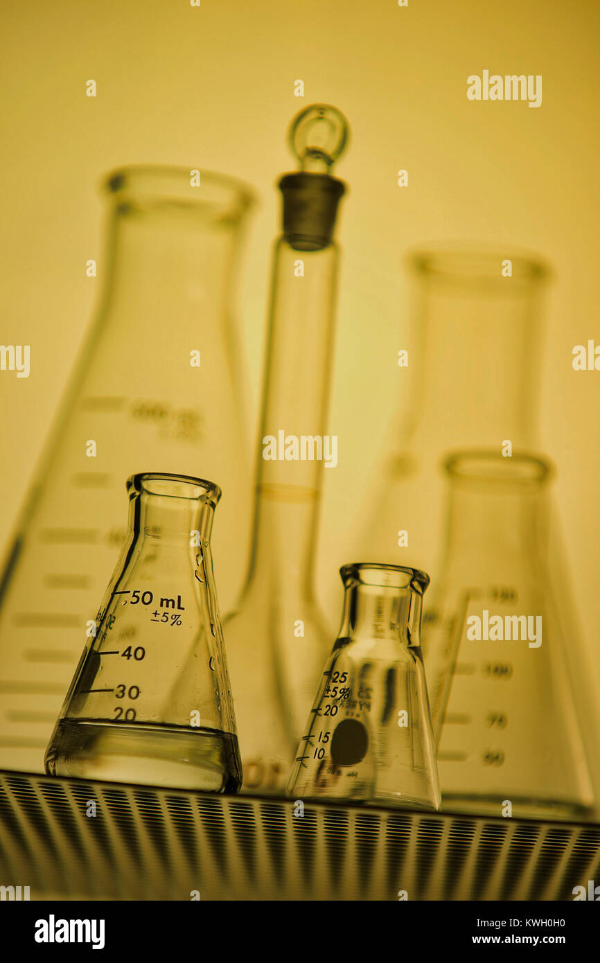 Montreal,Canada,3 March,2012.Close-up of a lab beakers.Credit:Mario Beauregard/Alamy Live News - Stock Image