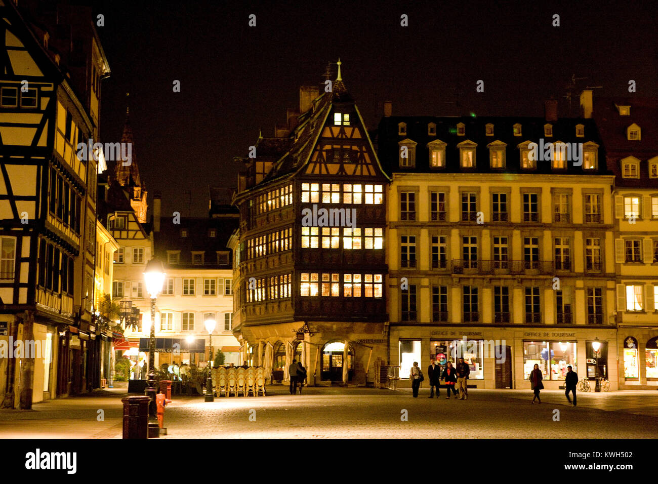 Europe/France/Alsace/Bas-Rhin/Strasbourg. La Maison Kammerzell. Extérieur nuit//Outside view at night - Stock Image