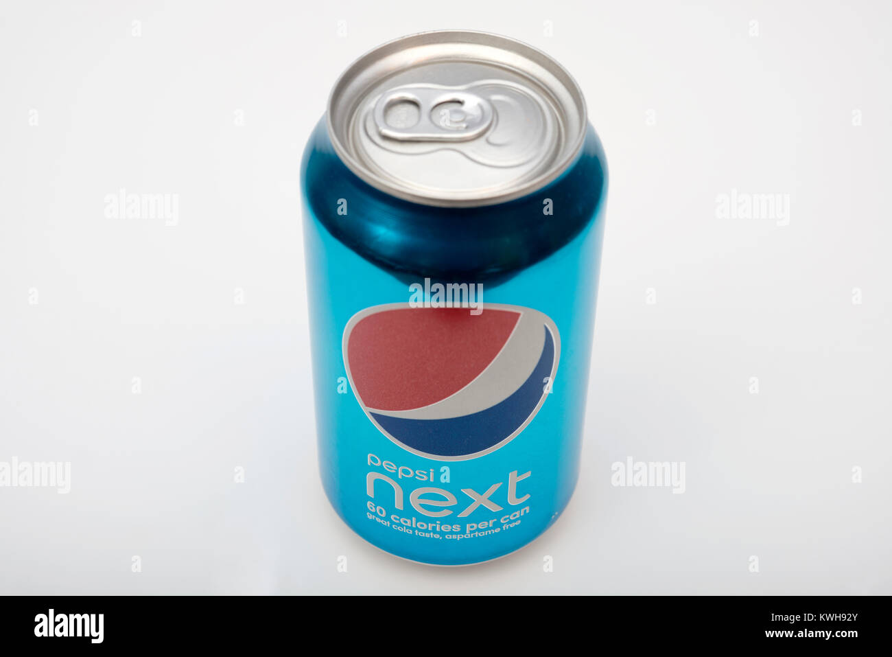 pepsi to release new skinny can Pepsi recently released the new 'skinny can' for their zero-calorie diet version,  and in doing so has created a media shitstorm but the concept.
