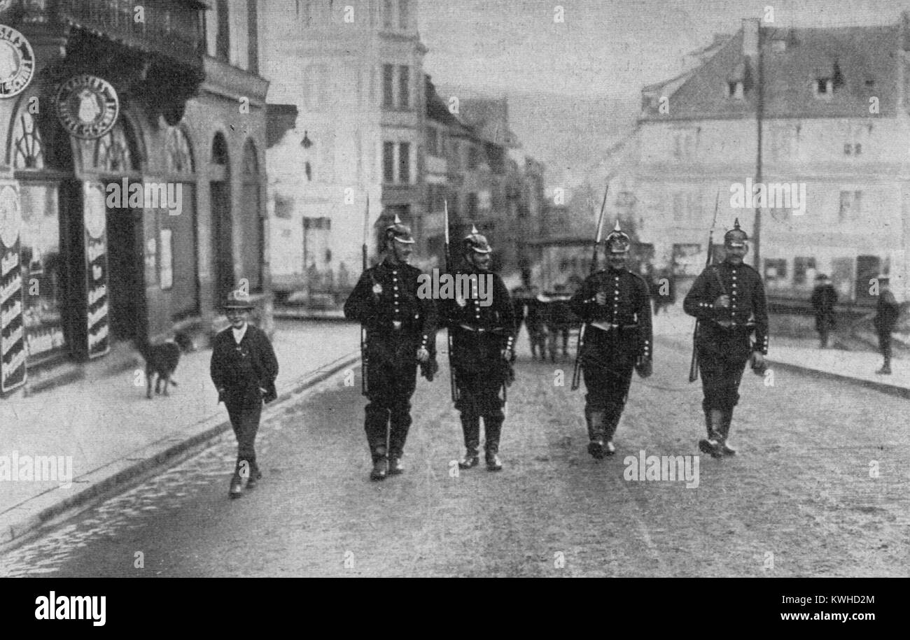 German patrol during the Saverne Affair 1913 The Zabern or Saverne Affair was a crisis of domestic policy which - Stock Image