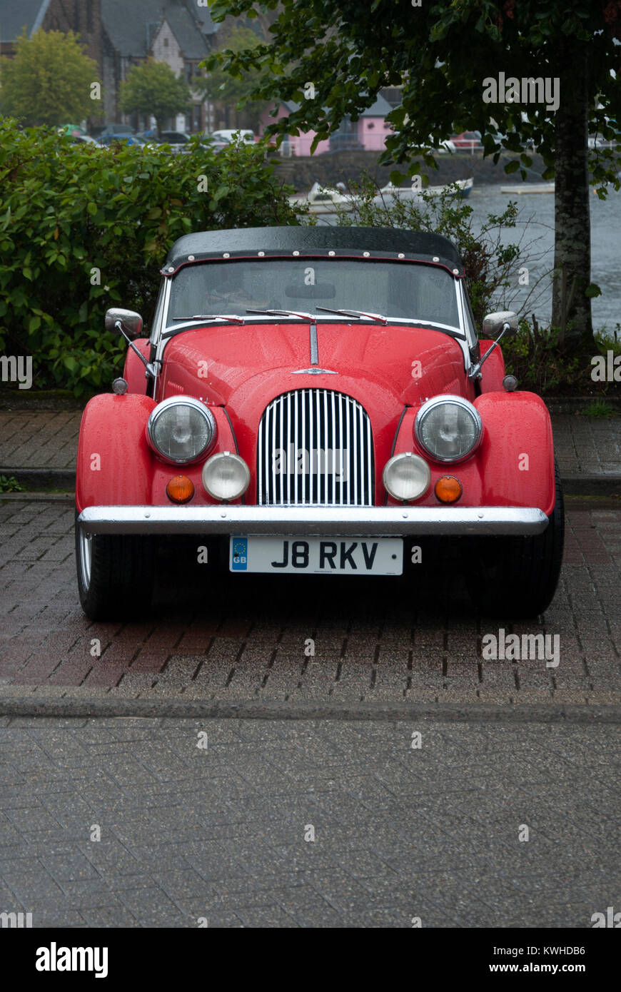1997 Red Morgan 4/4 Tourer Convertible Sports Car front portrait view red 1997 morgan motor company 1.8 1800 cc - Stock Image