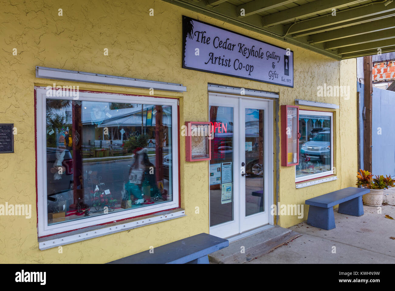 Art craft gallery in old Florida town of Cedar Key Florida in the United States - Stock Image
