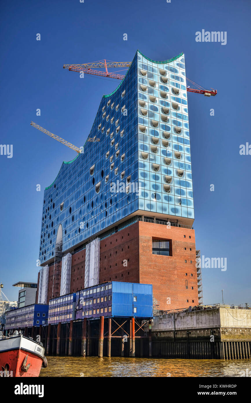 The Elbphilharmonie in Hamburg, Germany, Europe, Die Elbphilharmonie in Hamburg, Deutschland, Europa - Stock Image