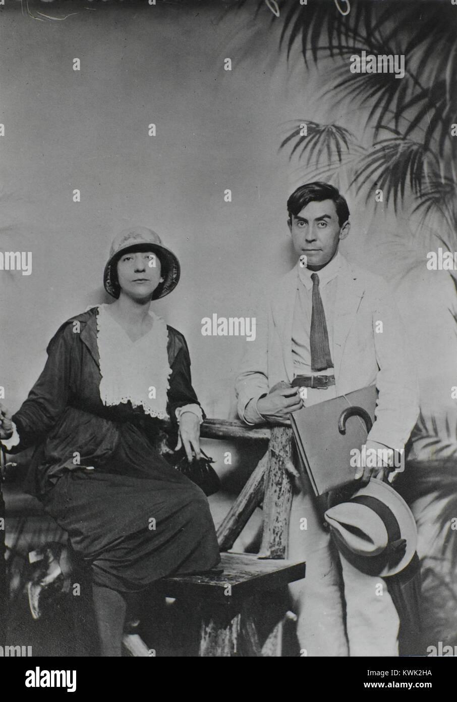Juliette Roche and Albert Gleizes, New York, 1915, Centre Pompidou, Musée national d'art moderne, Bibliothèque - Stock Image