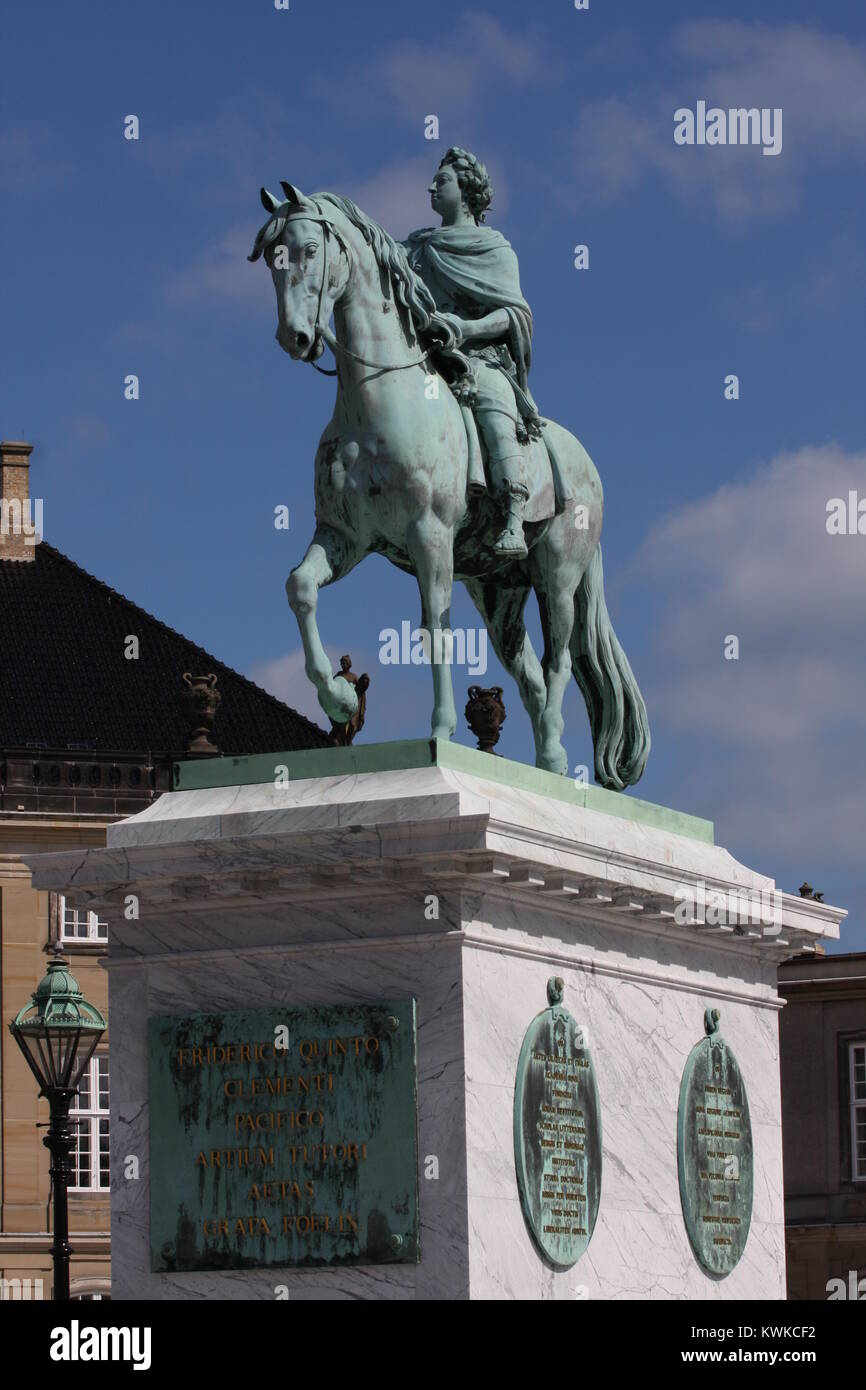 Statue of Frederick V by Jacques Franancis Joseph Saly at the centre of the Amalienborg Palace Square in Copenhagen, - Stock Image