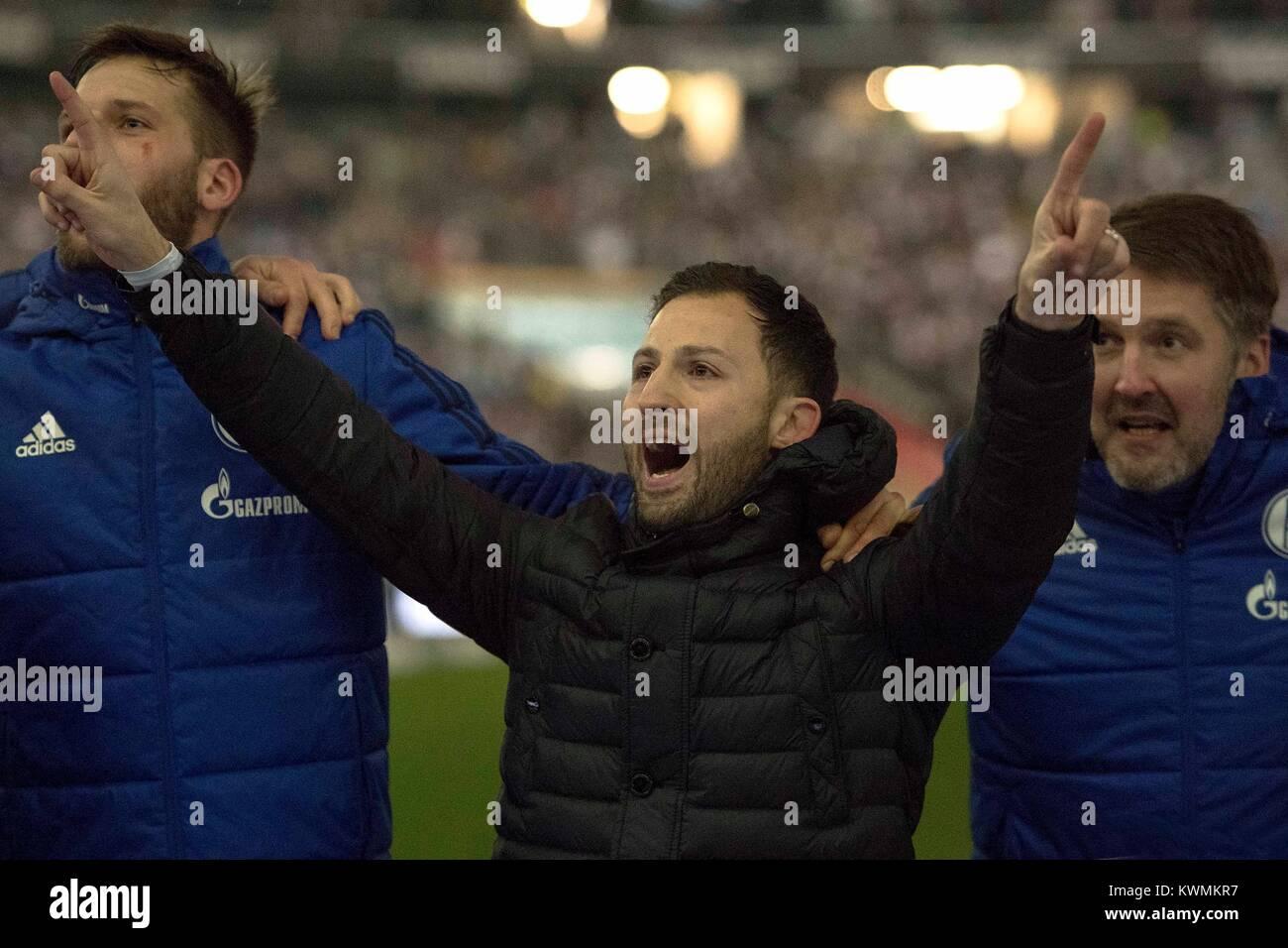 Frankfurt, Deutschland. 16th Dec, 2017. coach, Coach, Domenico TEDESCO (GE) gives after Spielschluss beim jubilationn - Stock Image