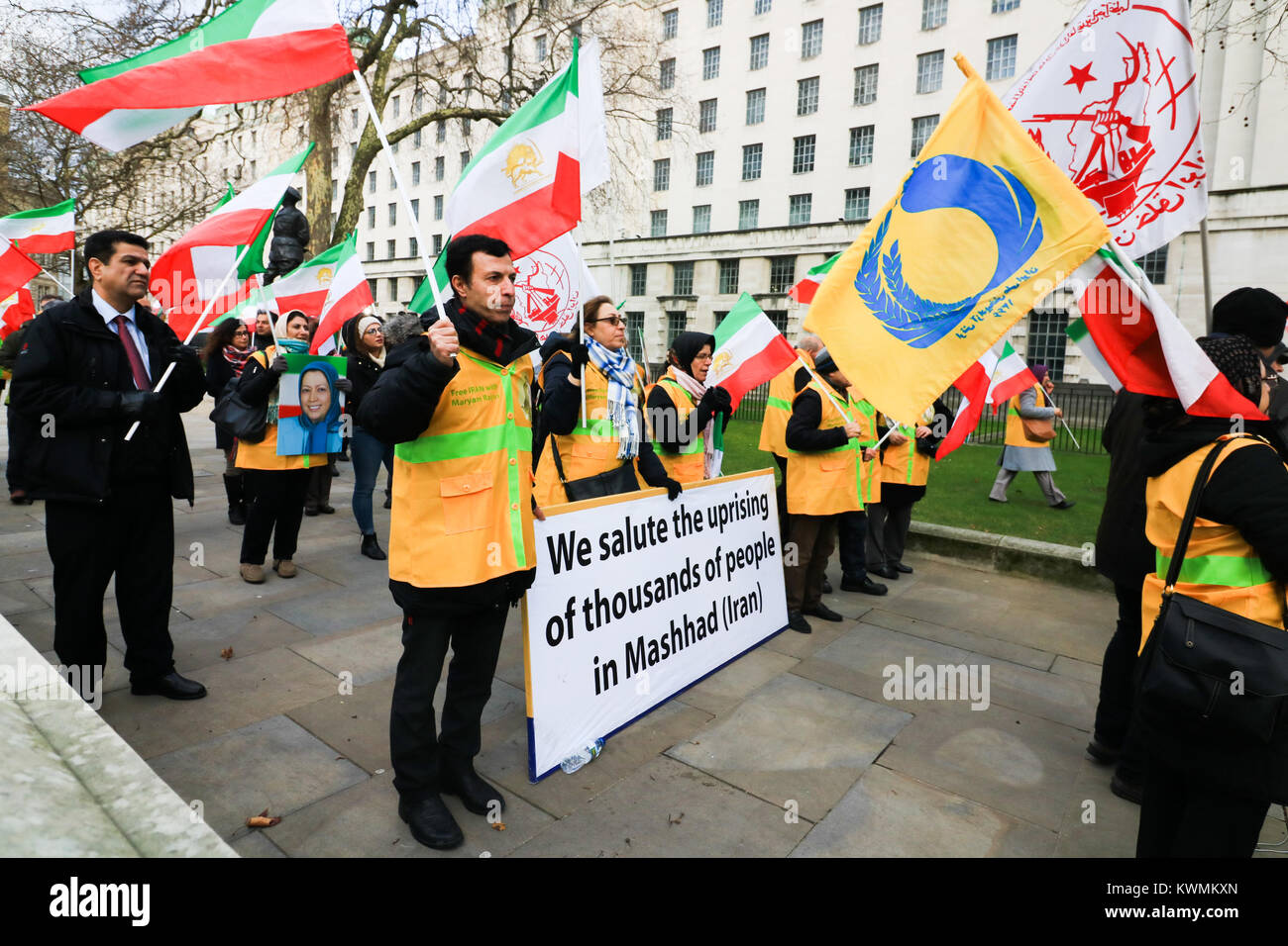 London UK. 4th January 2018. A rally outside No 10 Downing Street  by members of Iran's opposition, the National Stock Photo