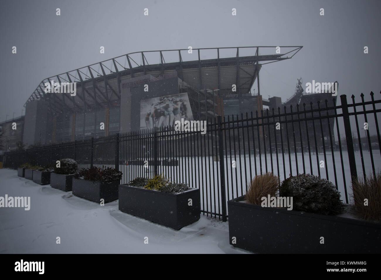 Philadelphia, USA. 4th January, 2018. WINTER WEATHER WARNING: Lincoln Financial Field, home of the Philadelphia - Stock Image