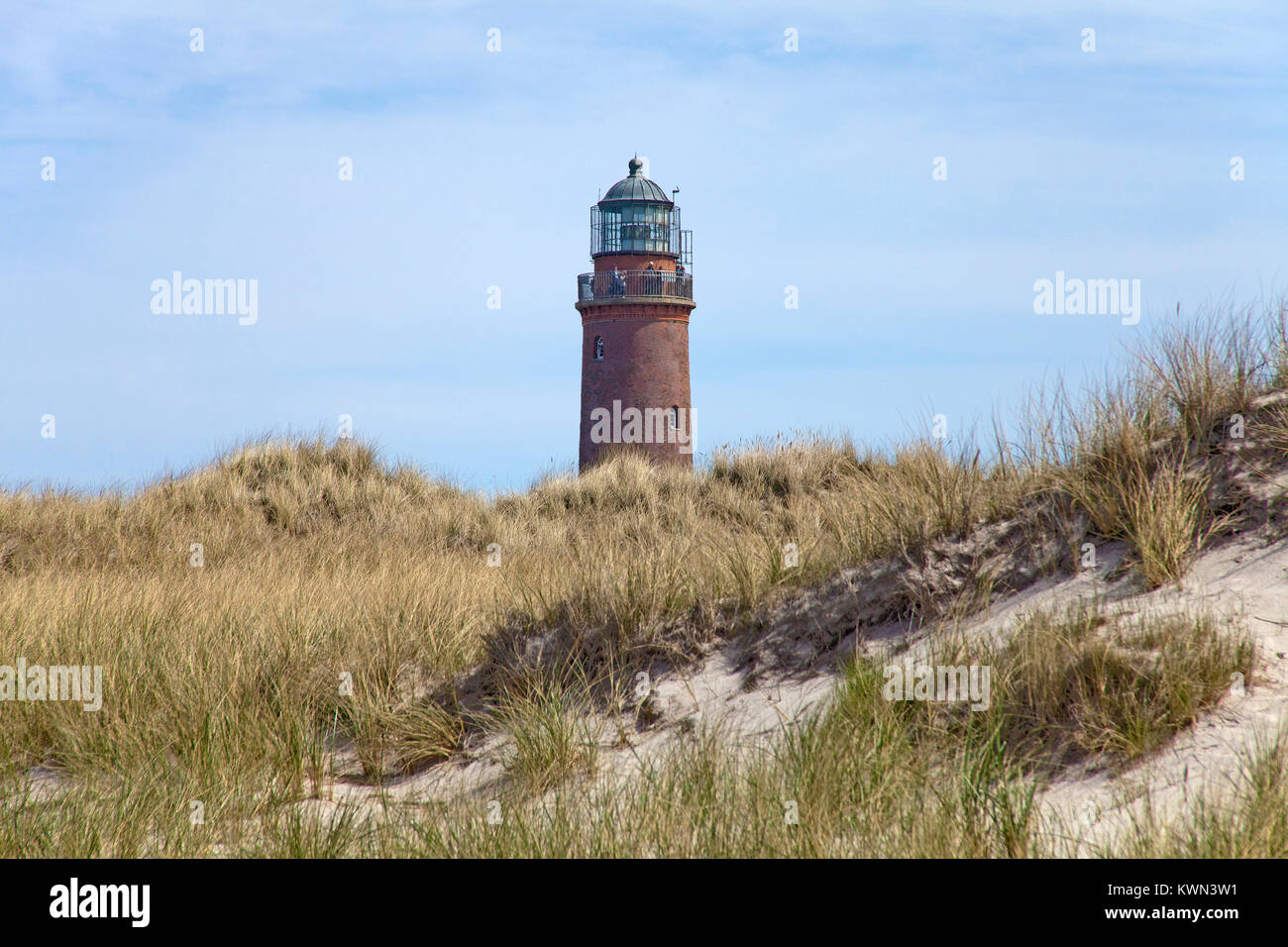 Lighthouse and sand dunes with marram grass at the 'Darsser Ort', Prerow, Fishland, Mecklenburg-Western - Stock Image