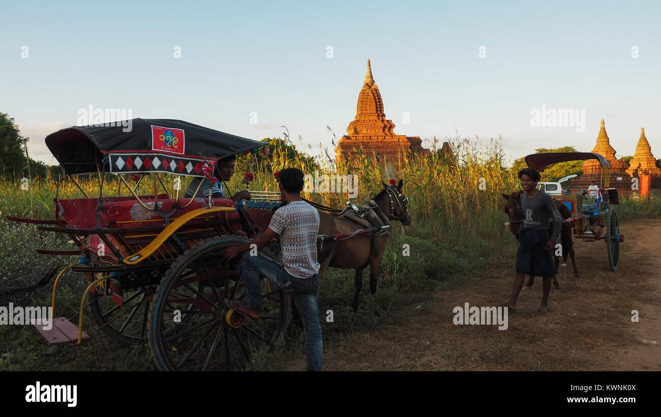 MANDALAY MYANMAR SEPTEMBER 19: The Burmese are occupied and live near the Bagan Temple in the early morning hours - Stock Image