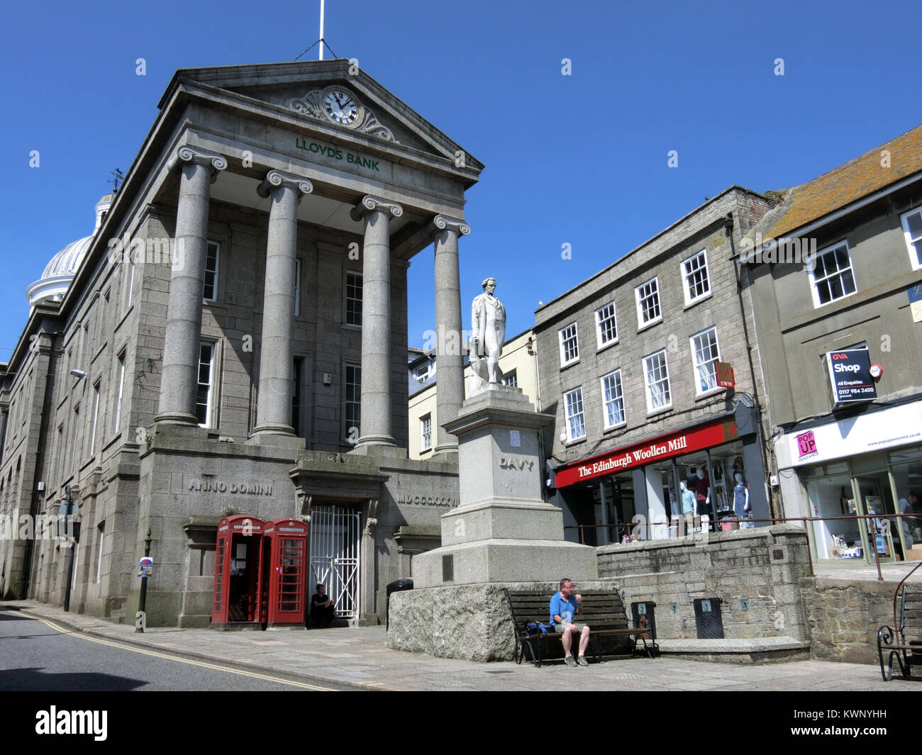 Market House and Sir Humphry Davy Statue, High St ( Market Jew Street ), Penzance, Cornwall, England, UK in Summer - Stock Image