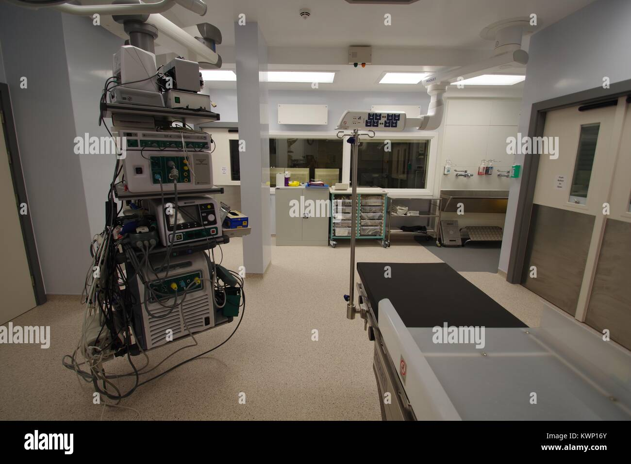 Advanced Operating Table in a Modern British Hospital Operating Theatre. December, 2017. - Stock Image