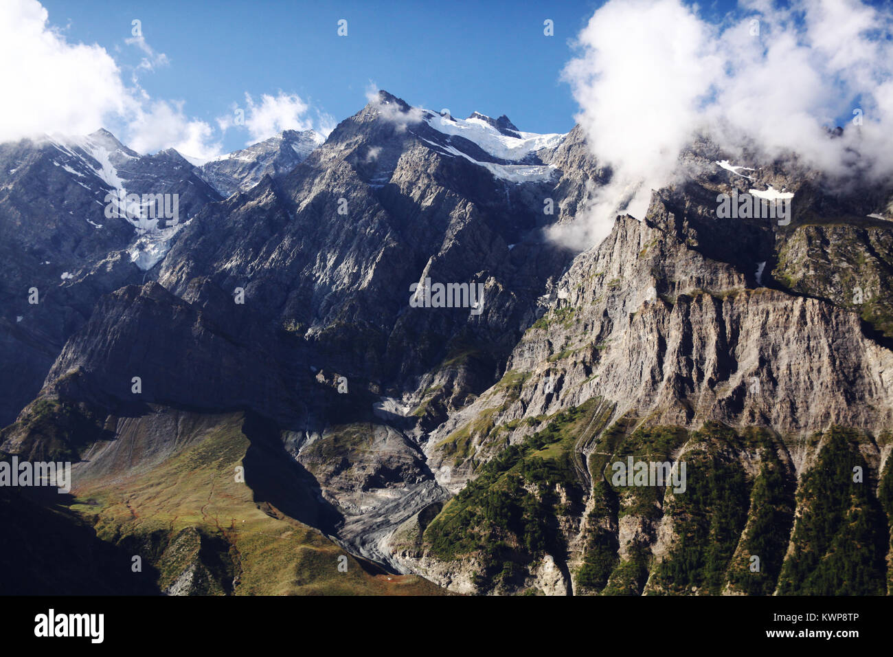 beautiful scenic landscape with majestic rocky mountains in indian himalayas, keylong region - Stock Image