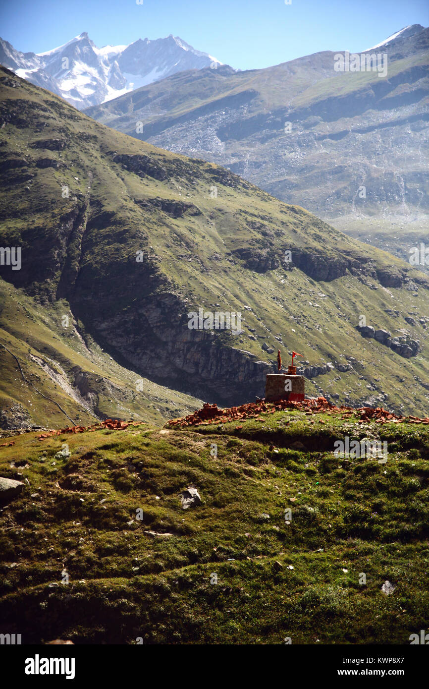 majestic landscape with green valley in indian himalayas, keylong region - Stock Image