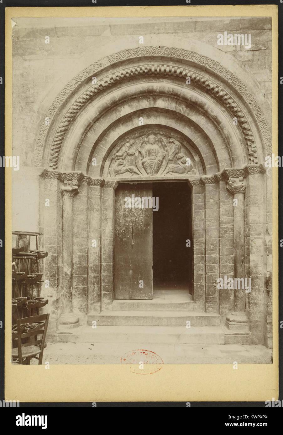 Église des Templiers de Luz-Saint-Sauveur - J-A Brutails - Université Bordeaux Montaigne - 1454 - Stock Image