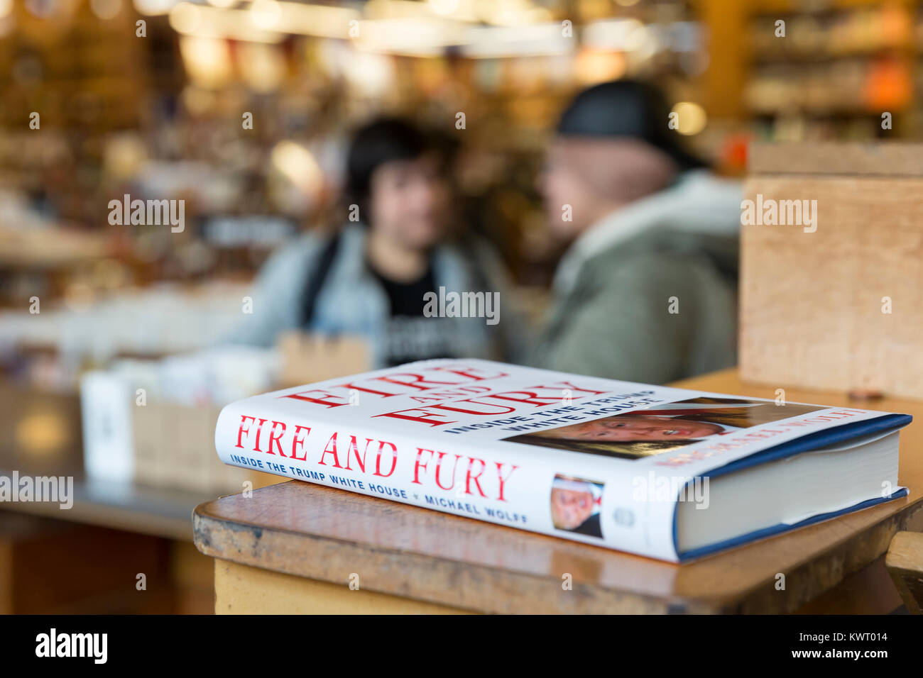 """Seattle, USA. 05th Jan, 2018. Seattle Washington: Michael Wolff's book """"Fire and Fury: Inside the Trump White House"""" Stock Photo"""