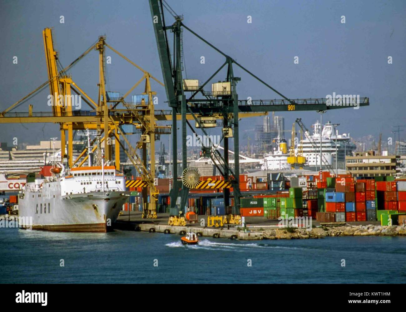 Barcelona, Catalonia, Spain. 22nd Sep, 2004. Container ships are loaded in Barcelona's busy port. Credit: Arnold - Stock Image