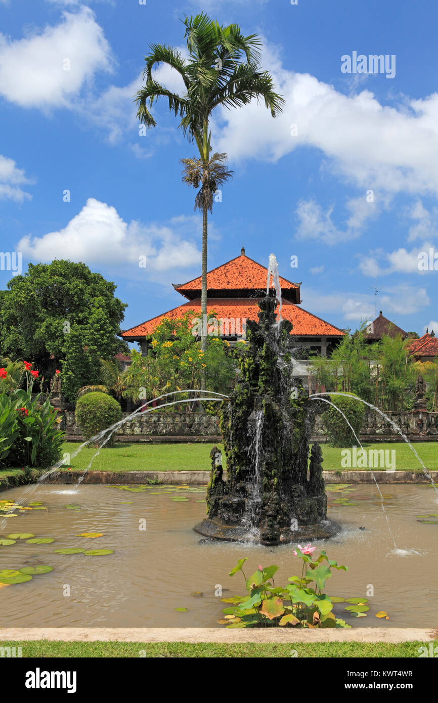 Fountain in the grounds of Pura Taman Ayun, the royal temple at Mengwi, Badung, Bali, Indonesia. Stock Photo