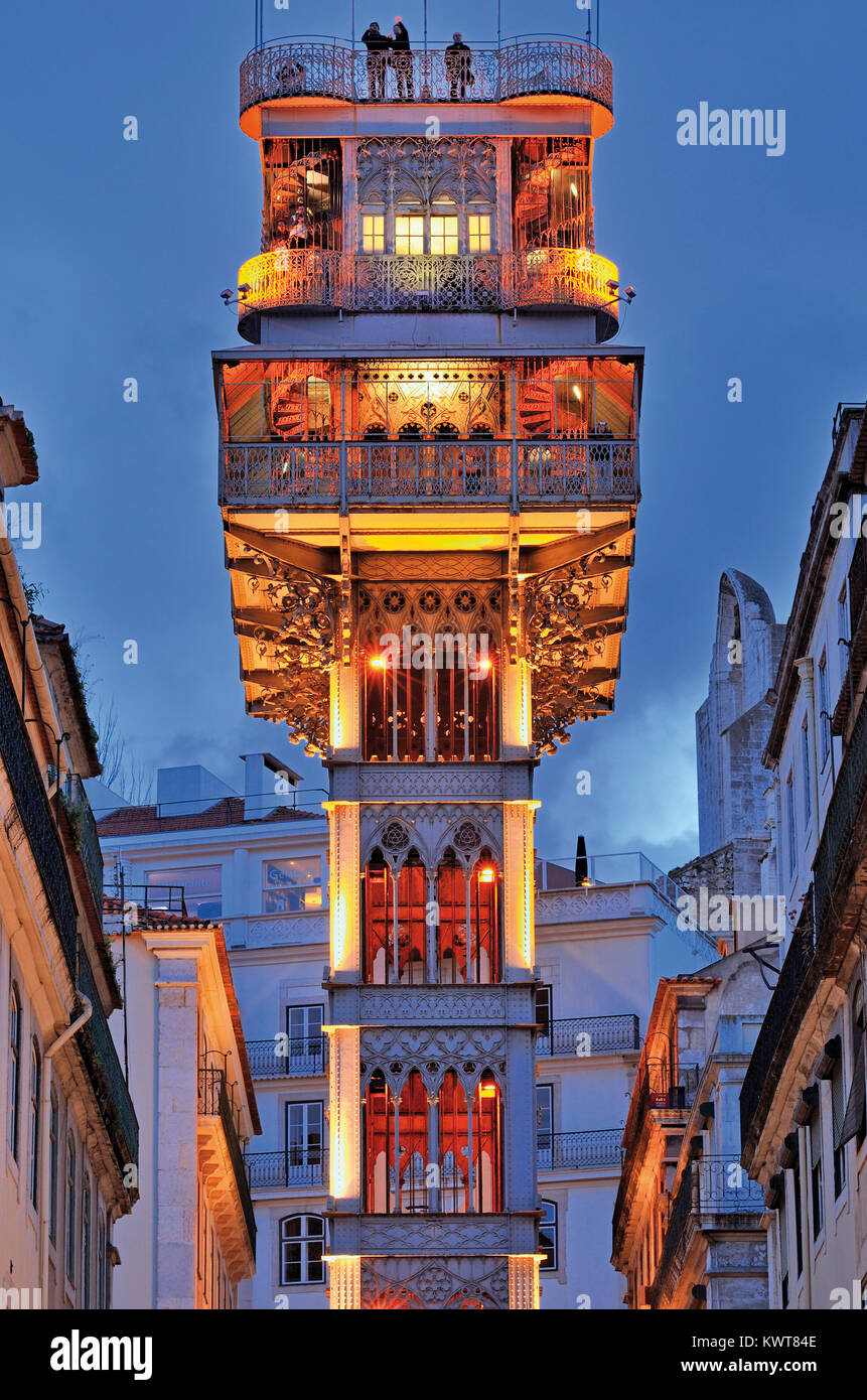 Detail of Lisbon´s historic Santa Justa Elevator by night - Stock Image