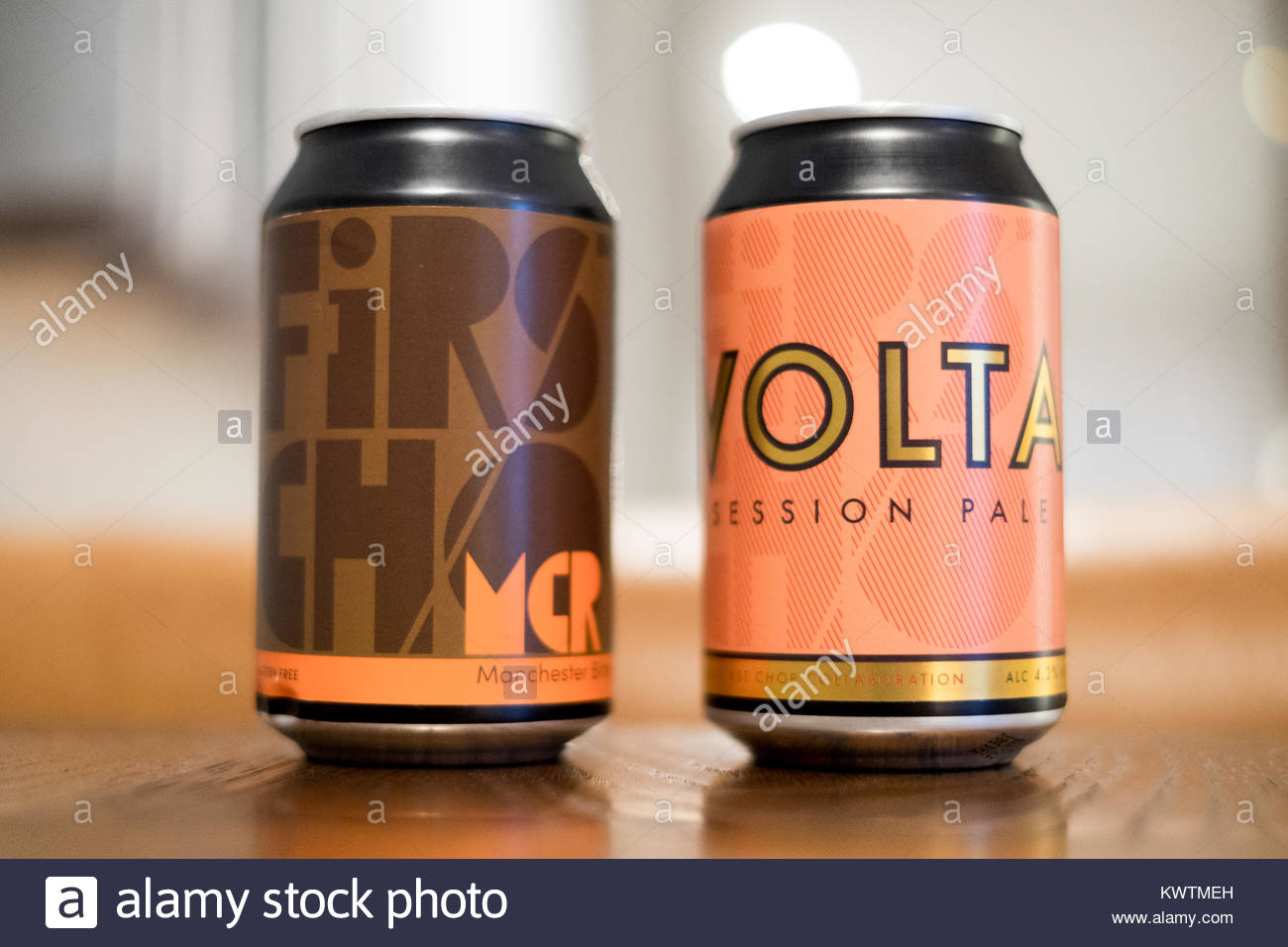 Cans of First Chop and Volta beers, brewed in Manchester - Stock Image