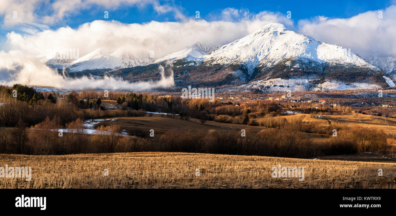 Rocky Travel Scenery Slovakia High Resolution Stock Photography And Images Alamy