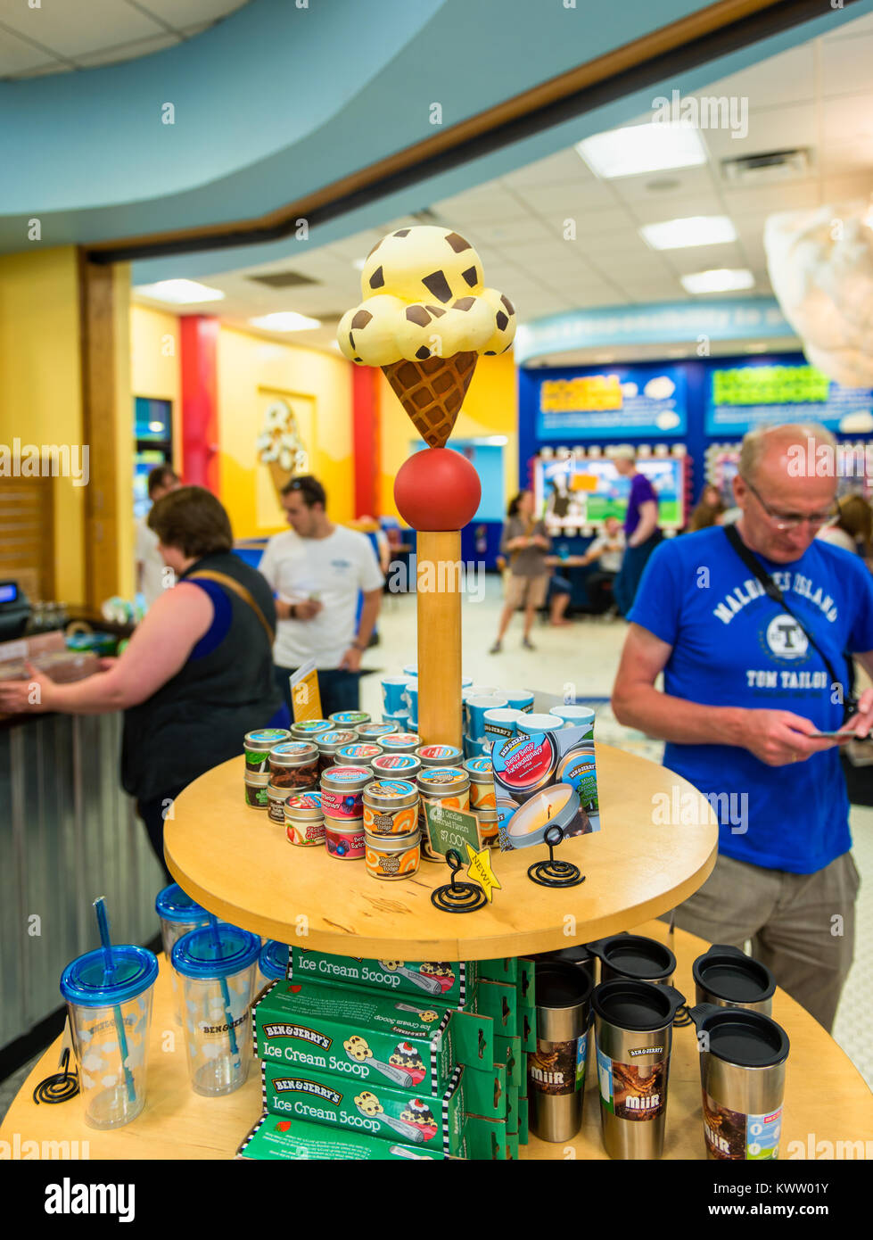 Gift Shop at Ben and Jerry's ice cream manufacturing headquarters in Waterbury, Vermont, USA. Ben & Jerry's - Stock Image