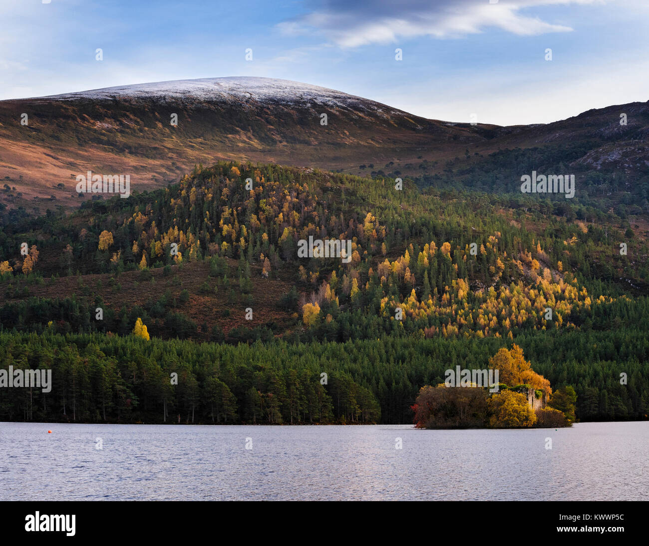 Loch an Eilein and Creag Dhubh in the Rothiemurchus forest area of the Cairngorms National Park - Stock Image