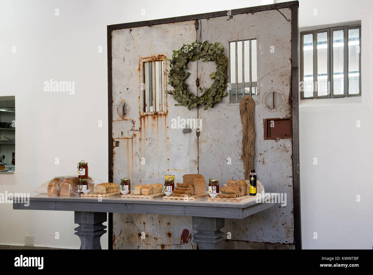 Restaurant Kitchen Doors Stock Photos & Restaurant Kitchen ...
