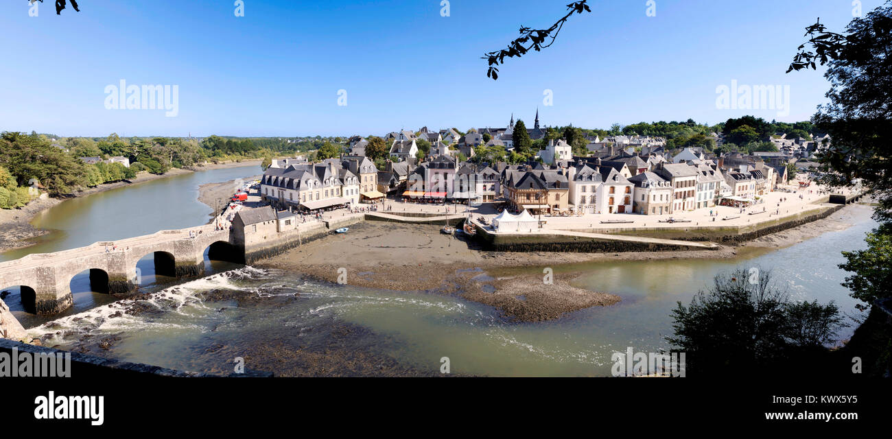 Once one of the busiest ports in Brittany, picture-perfect St-Goustan is now one of the most popular sites in Morbihan. - Stock Image