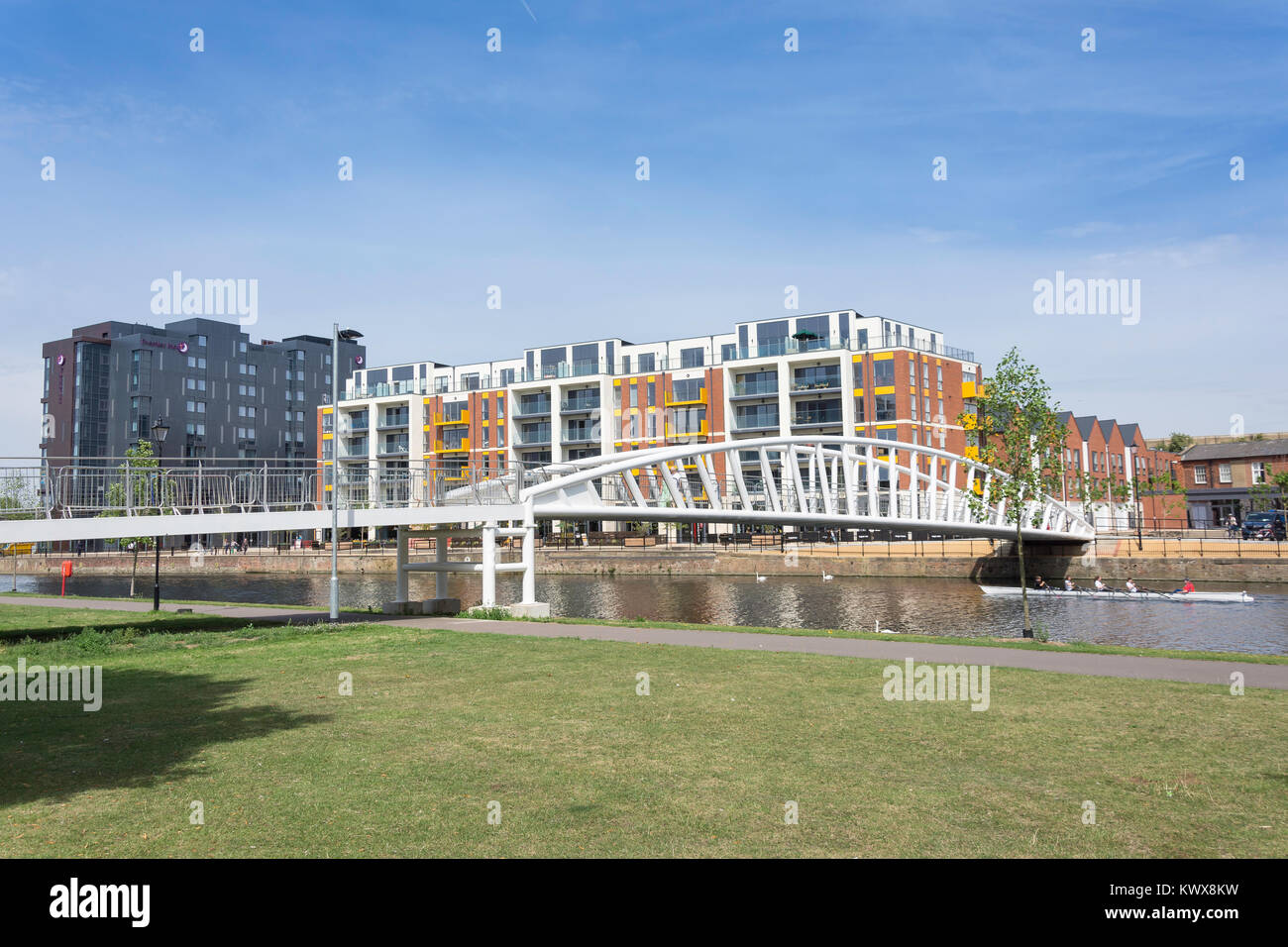 Riverside North End Bridge across River Great Ouse, Bedford, Bedfordshire, England, United Kingdom - Stock Image