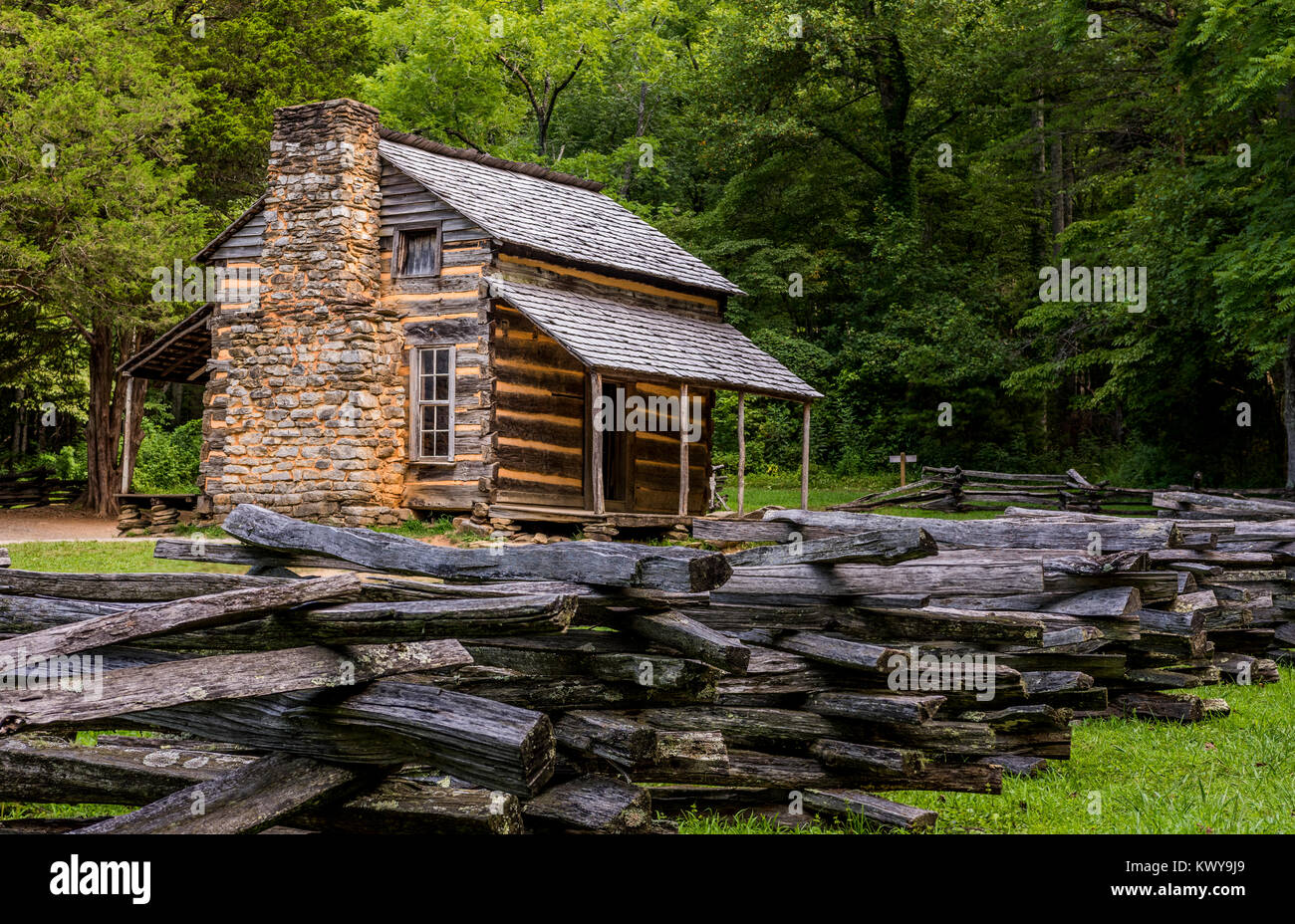 John Oliver cabin in Cades Cove, Great Smoky Mountains National Park. - Stock Image