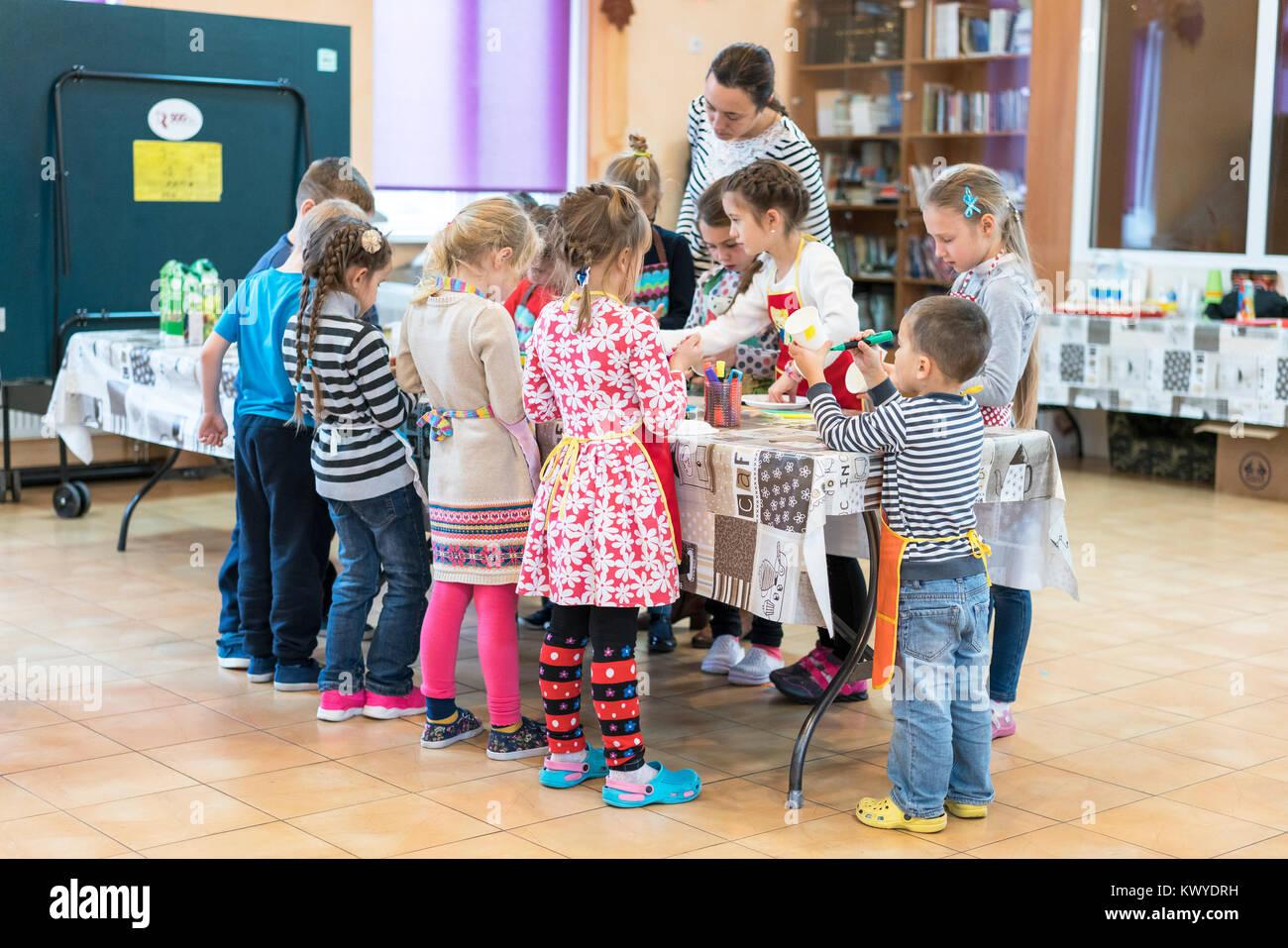 Kiev, Ukraine. November 13 2017. Schoolchildren and a teacher in a drawing class - Stock Image