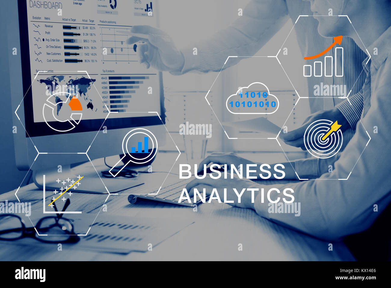 Business Analytics (BA) technology using big data, cloud computing and statistical model prediction to provide insights - Stock Image