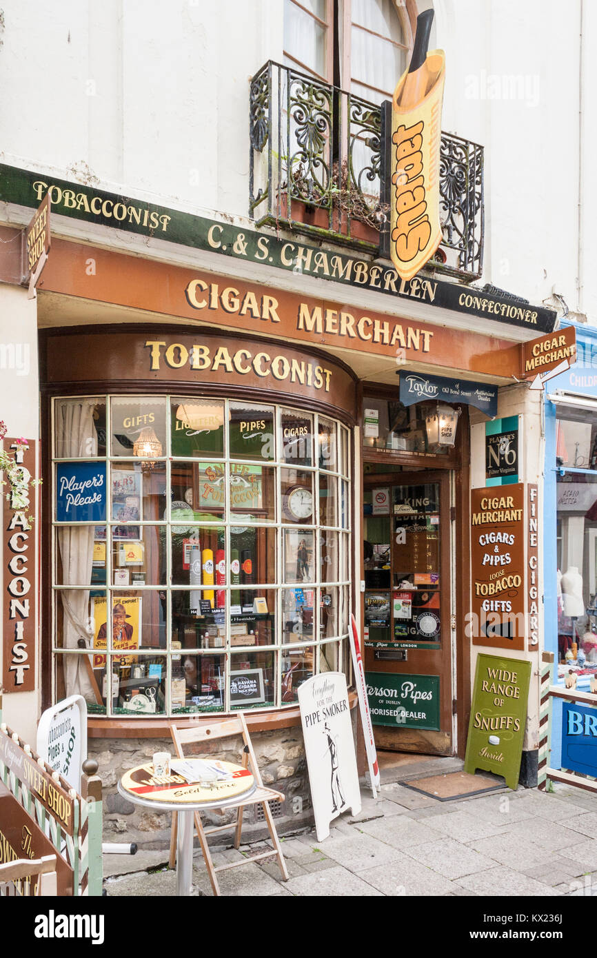 Traditional cigar merchant and tobacconist in Hastings old town, Sussex, England, GB, UK - Stock Image