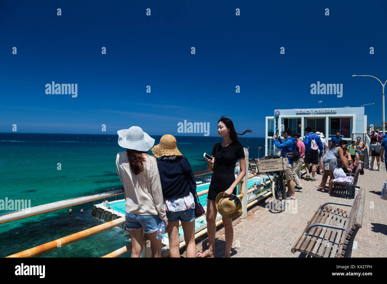 Japanese Tourists Stock Photos & Japanese Tourists Stock Images - Alamy