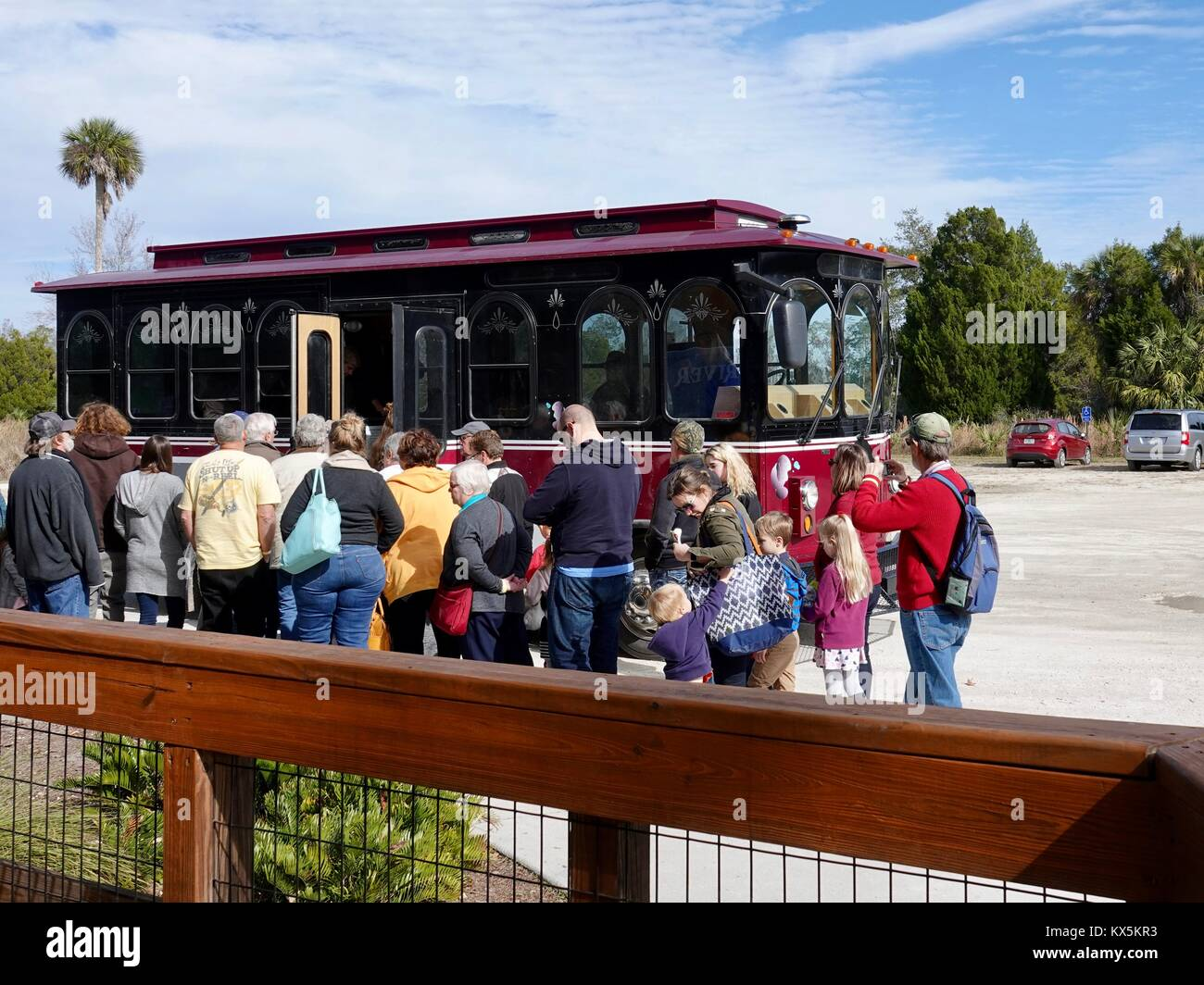 Visitors waiting to board trolley at Three Sisters Springs Nature Park, Crystal River, Florida, USA. - Stock Image