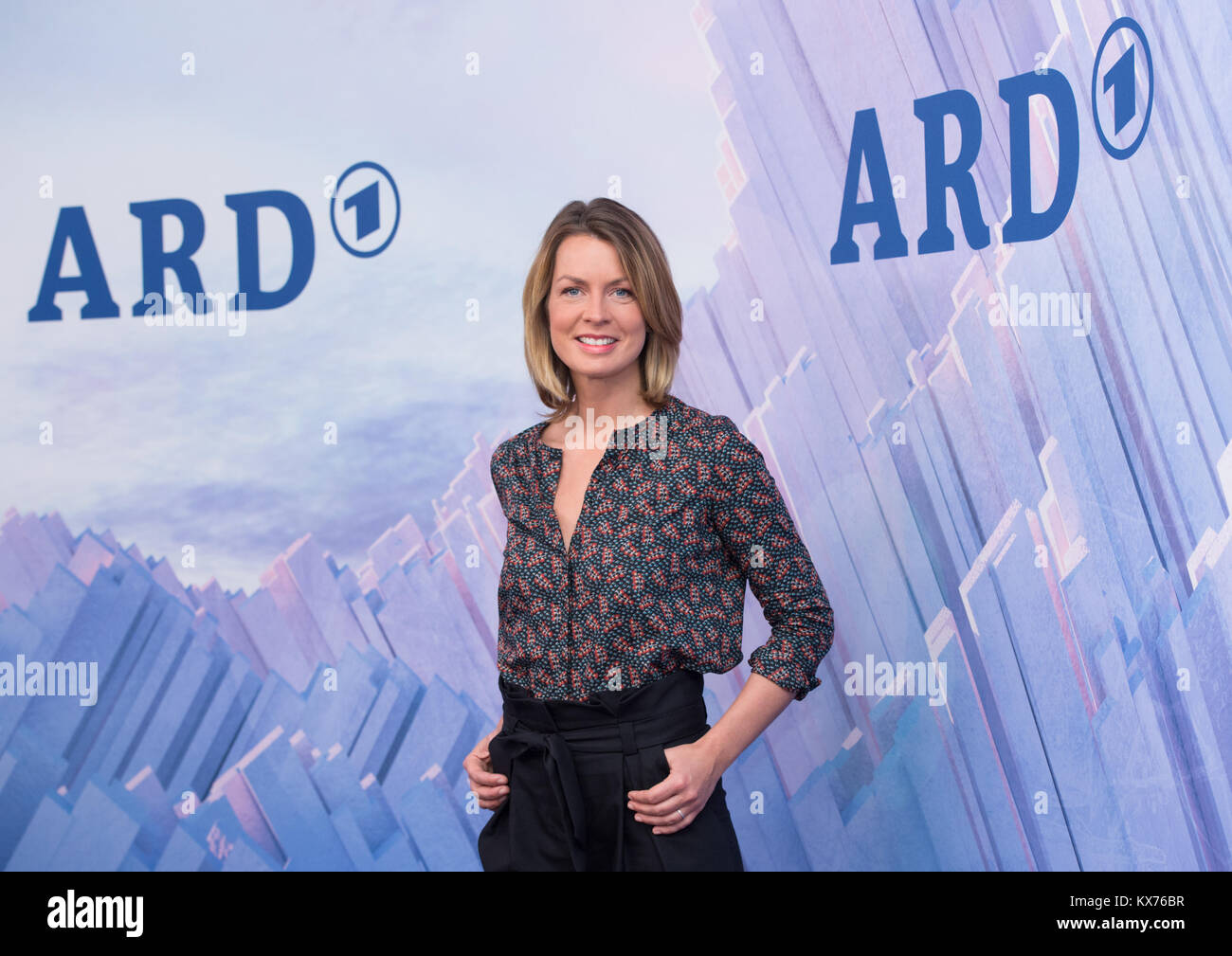 Berlin, Deutschland. 12th Dec, 2017. Jessy WELLMER (ARD Moderatorin Olympia Live) ARD- /ZDF - Olympia- und Paralympics Stock Photo