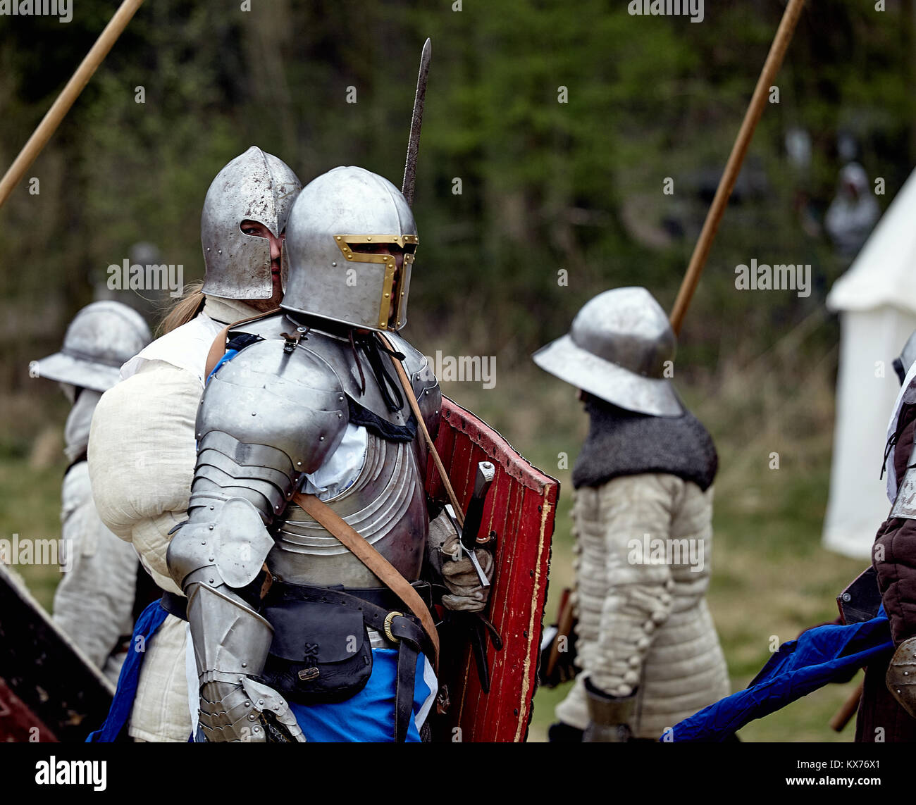 Knight in armor. Medieval battle (historical reconstruction) - Stock Image