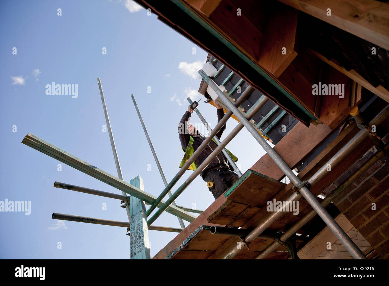 Construction of new homes on a development near Gatwick Airport, Horley, Surrey. - Stock Image