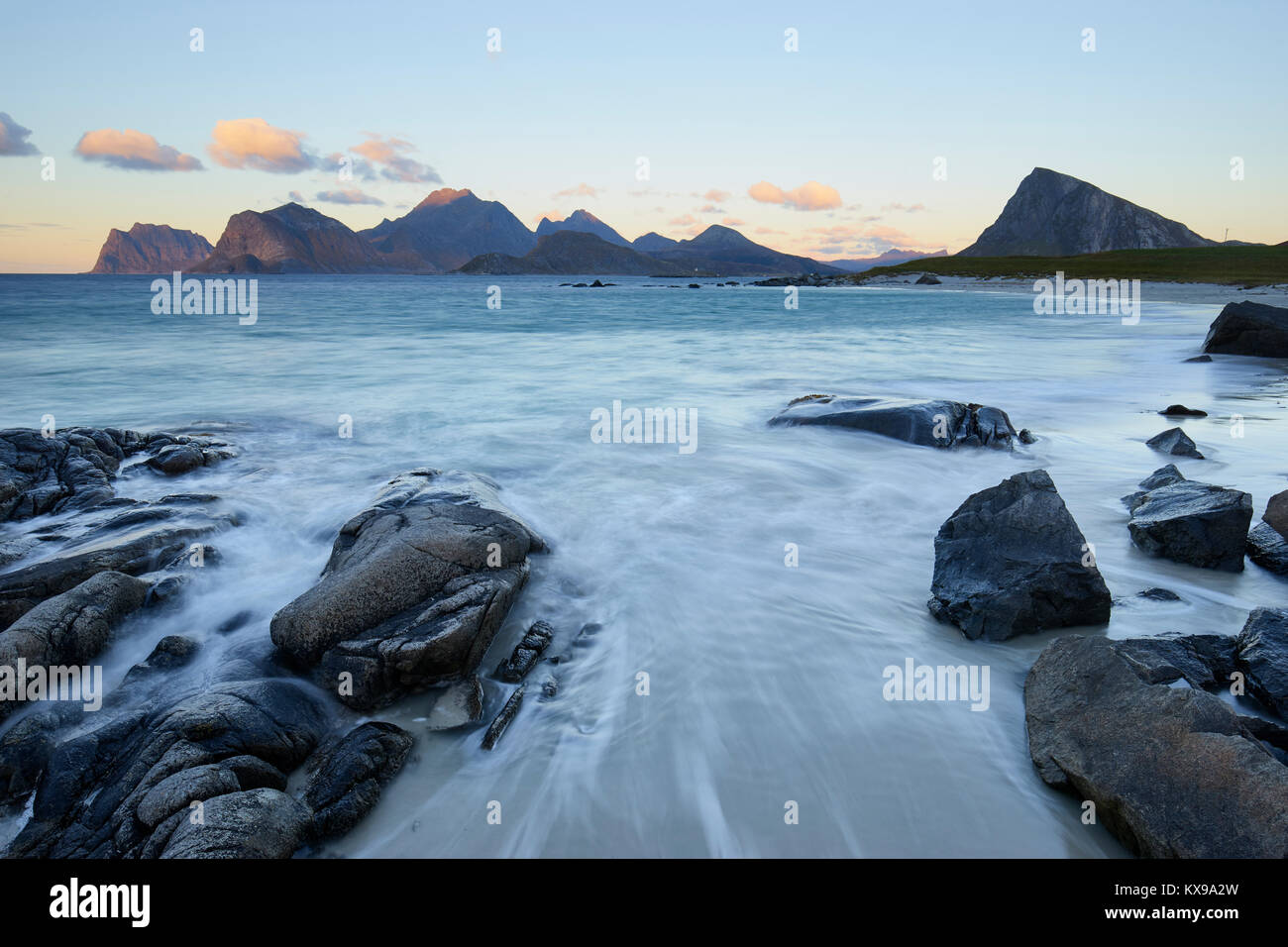 Sandnes beach, Flakstadoya, Lofoten, Nordland, Norway.  View to Vestvagoy - Stock Image