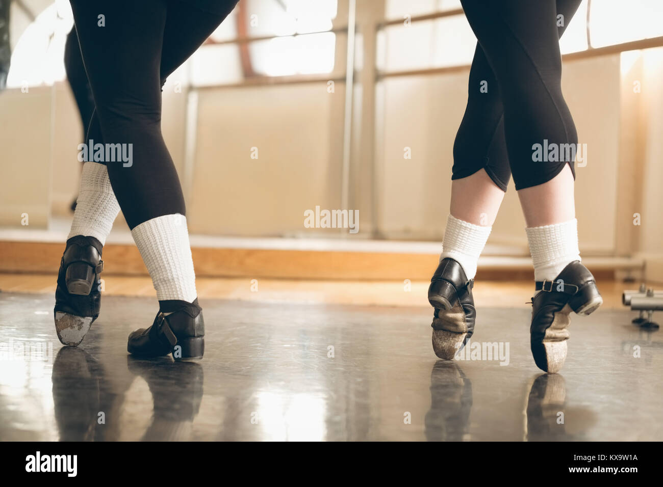Irish dancer performing tip toe - Stock Image