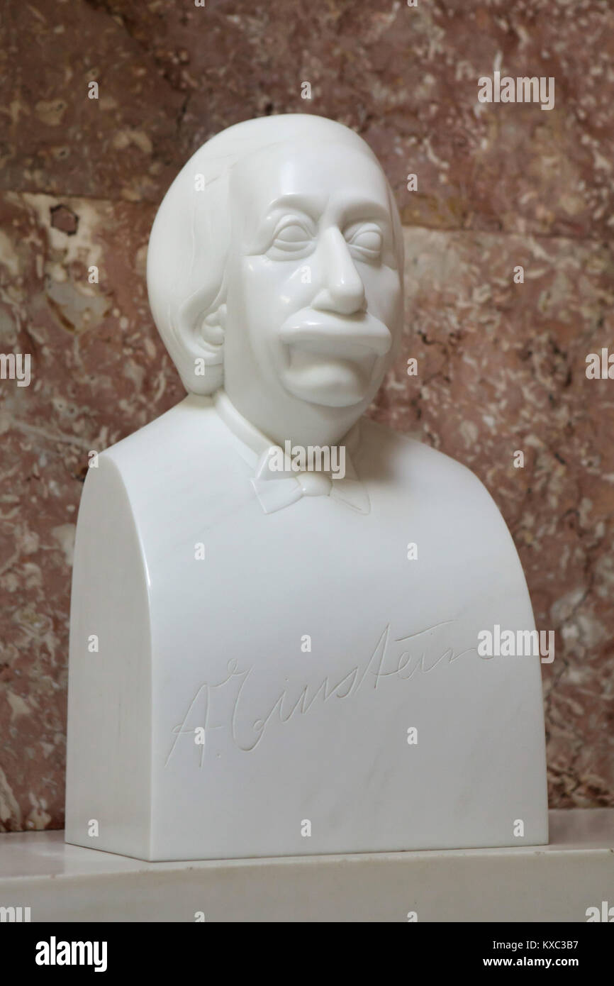 German-born physicist Albert Einstein. Marble bust by German sculptor Wilhelm Uhlig (1990) on display in the hall - Stock Image