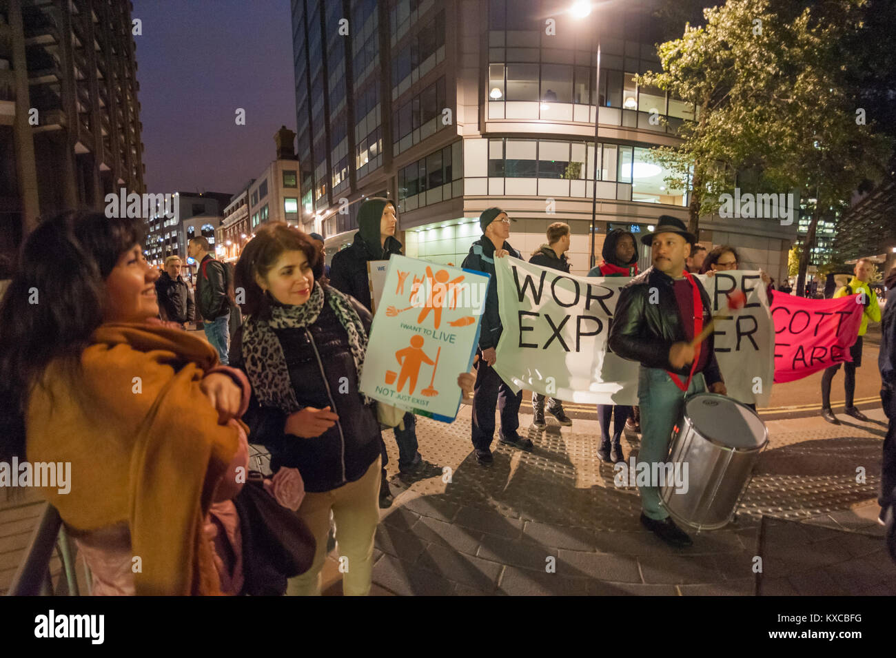 United Voices of the World protesters  outside the Barbican Centre calling for talks with employer Mitie and Barbican - Stock Image
